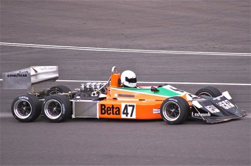 800px-1976_March_2-4-0_at_Silverstone_Classic_2011